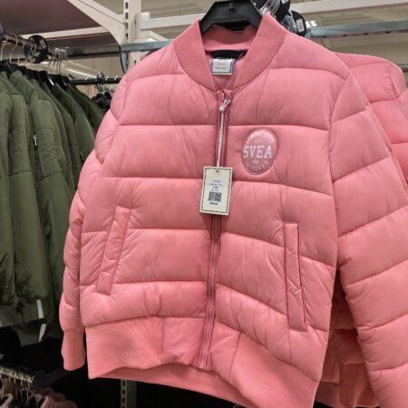 jacka barn rosa